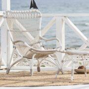 sika-design-monet-exterior-wicker-alu-rattan-lounge-chair-dove-white-lifestyle-photo_1571324811_2048x