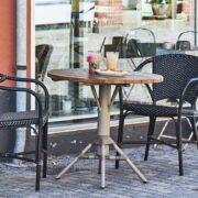 sika-design-valerie-artfibre-wicker-garden-alu-chair-black-lifestyle-photo_1571324804_2048x