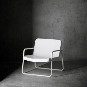 time_out_armchair_fondo_cemento_e_201703311850σς23